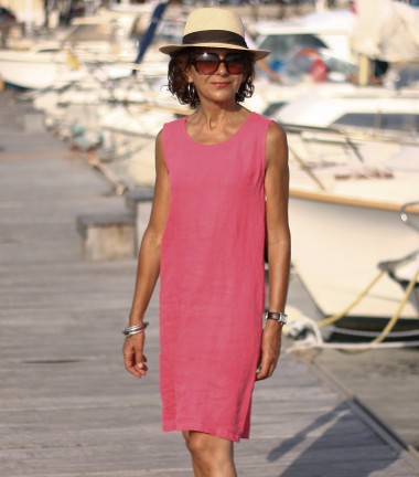 Linen dress without sleeves fuchsia