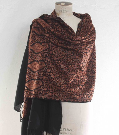 Aari shawl, embroidery